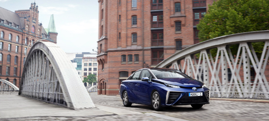 Long-distance driving with Toyota Mirai, a hydrogen fuel cell car