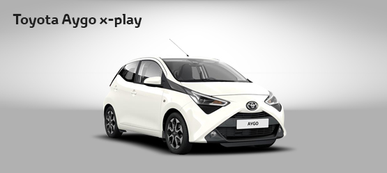 "<strong>Toyota AYGO 70 X-PLAY por <span style=""color: #e50000; font-size: 2.4rem;line-height: 2.4rem;"">99€</span> al mes</strong>"