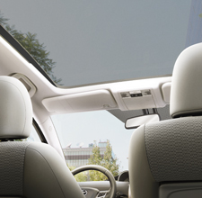 Toyota Verso interior panoramic roof and front seats