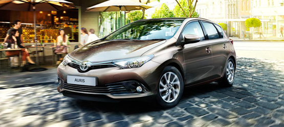 Free Accessory Pack worth up to €335 on a new Auris