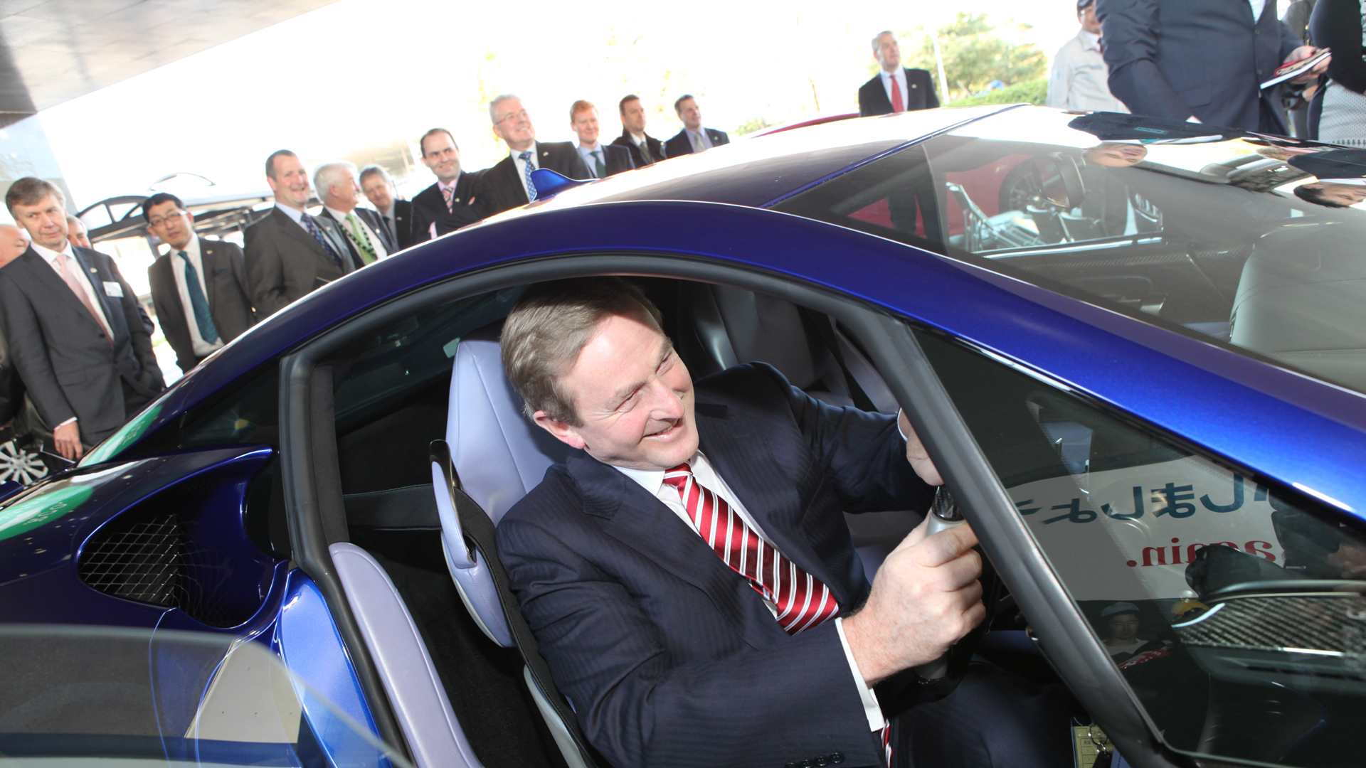 Taoiseach visits Toyota plant in Japan