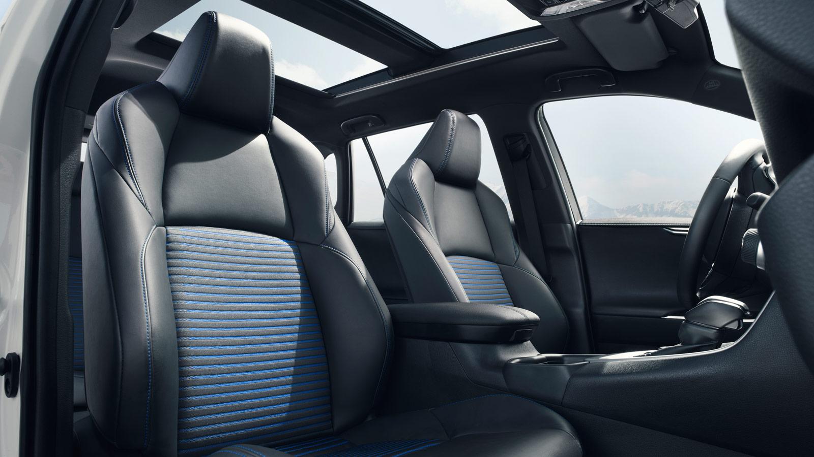 Toyota RAV4 Owners Manual: Seat belts