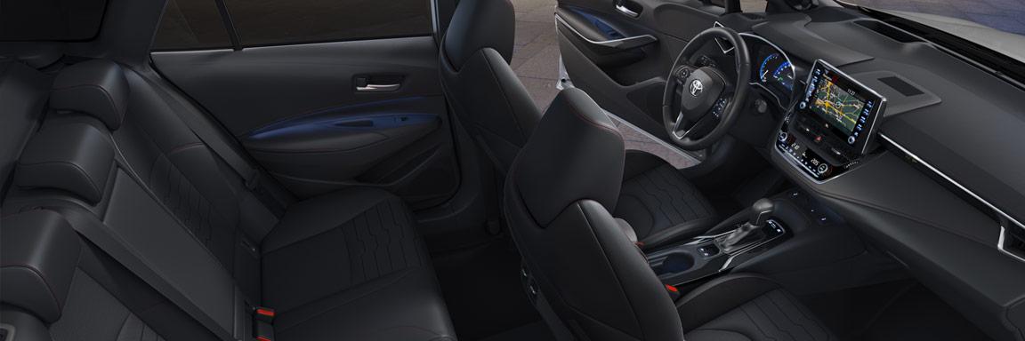 Toyota Corolla Touring Sports interni