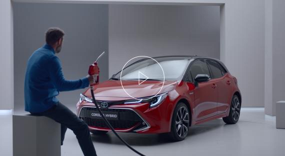 Må hybrider lades? │Spør Toyota Hybrid │Toyota Norge
