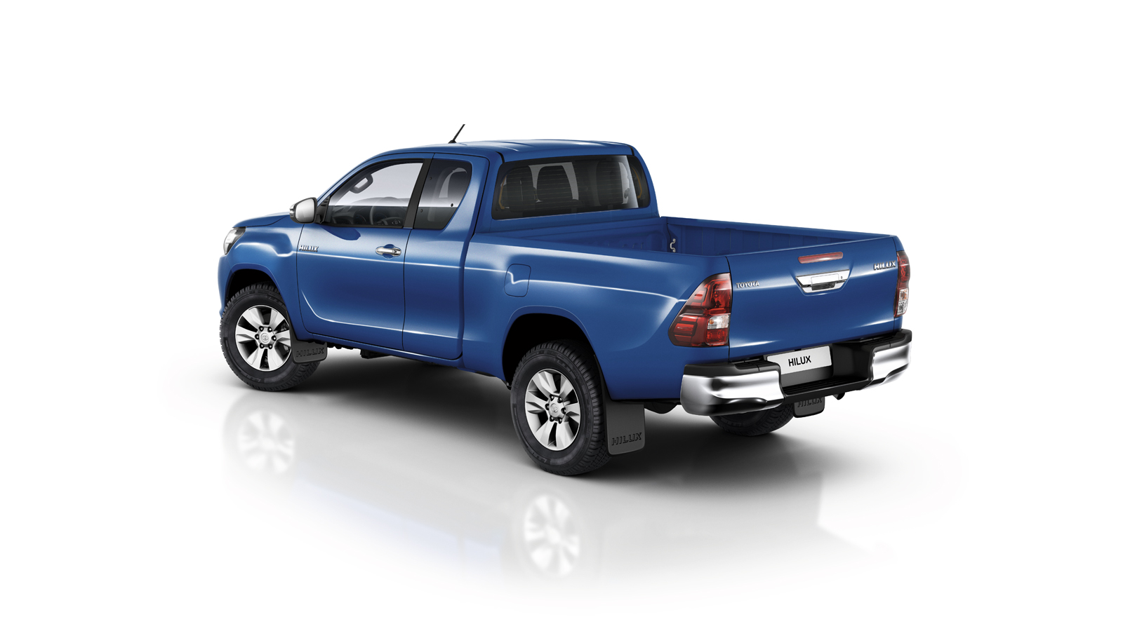toyota-Hilux-2016-exterior-tme-017-a-ful